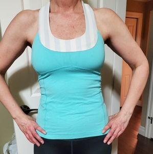 🌲 Lululemon workout top